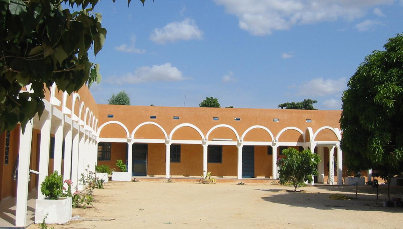 """Bâtiment """"Lapeyssonnie"""" du CERMES - Niger - Institut Pasteur"""