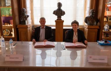 The IRD and the Institut Pasteur: renewal of the collaboration agreement in benefits of the global health - Institut Pasteur